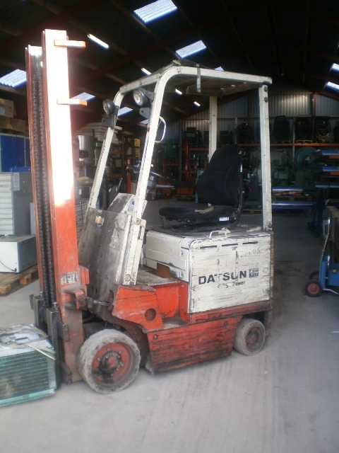 5713 - Fork Lift - Electric - DATSUN - Type: CEB01