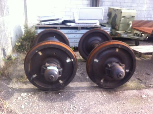 5767 - Axle - Axles - Rail Road Wagon - Train Wheels