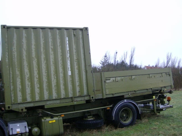 6305 - Swap Trailer with 10 foot Container