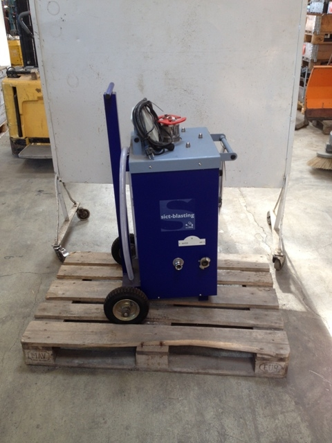 6507 - Powder Cleaning Machine - SICT Blasting - Type: ES700