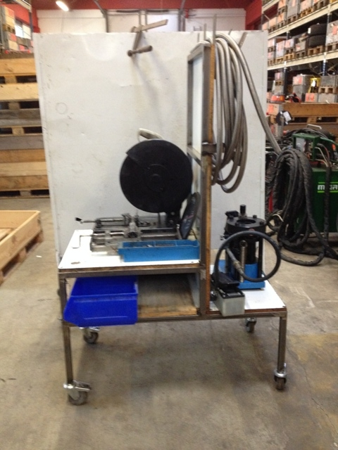 6582 - Hydraulic Press and Cutter
