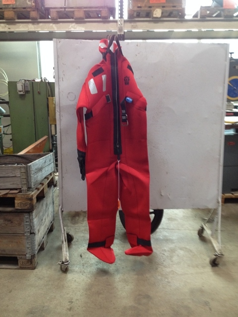 6776 - Survival Suit - Neoprene Suit - Drysuit - CREWSAVER