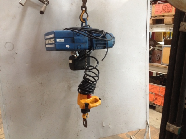 6839 - Electric Chain Hoist - DEMAG - 250kg