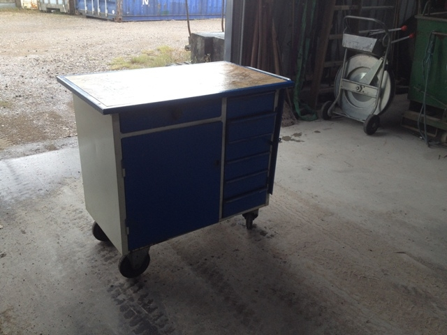 6857 - Tool Table / Wagon