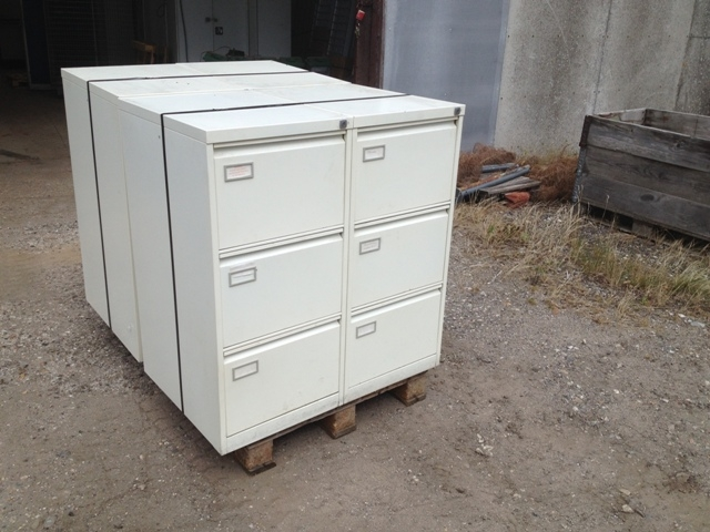 6869 - File Cabinets - Filing Cabinet