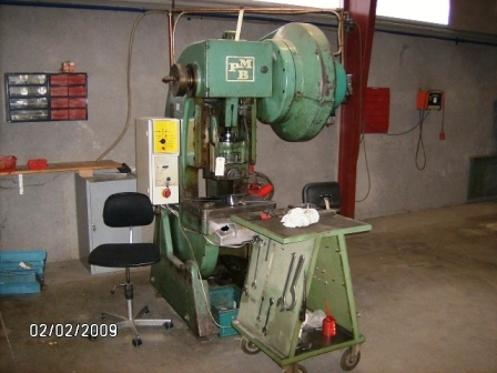 1980 - Press, Excenter Press  PMB  with Control - 32 Ton