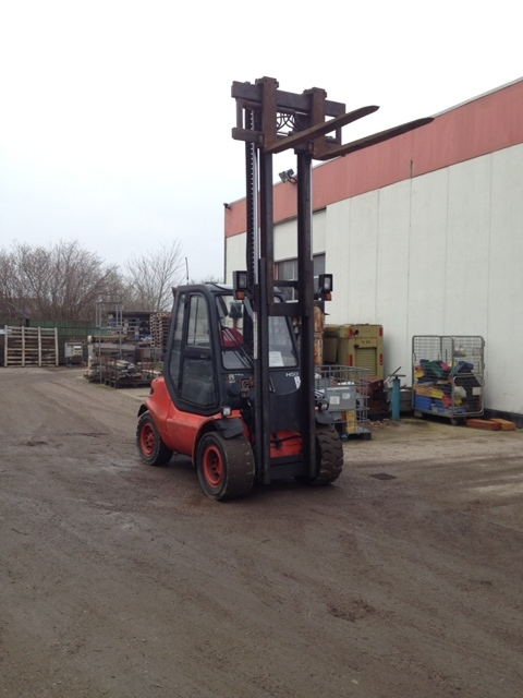 7145 - Gas Fork Lift - LINDE - Type: H 50 T