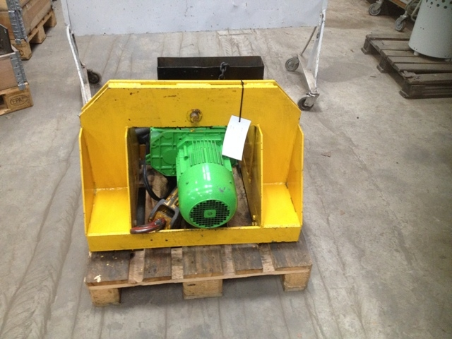 7407 - Electric Chain Hoist - Stahl - 2000kg - With Electric Trolley