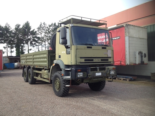 7421 - Truck - Iveco - 6 x 6 with load - Diesel