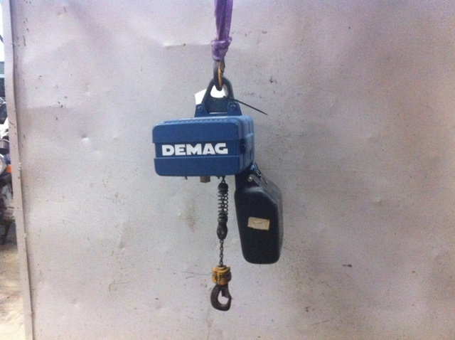 7459 - Electric Chain Hoist - DEMAG - 125 Kg