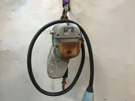 7692 - Electric Chain Hoist 125 kg