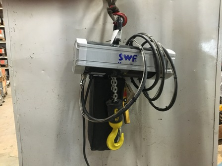 7717 - Electric chain hoist 1600 kg