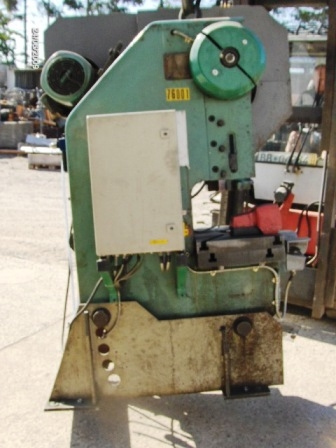 2167 - Eccentric Press PBM, 40 Ton, Type LENR 40