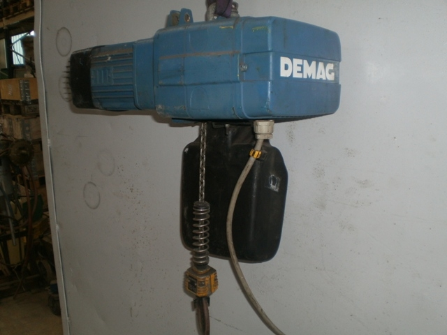 4287 - Hoist - Electric Chain Hoist - DEMAG - Type: DKUN 1-125 KV1