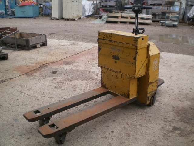 5572 - Electrical Pallet Jack - TH. WALSTED EHL 20-12